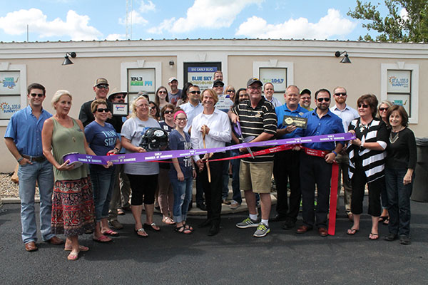 Ribbon Cutting for Simply Stuff