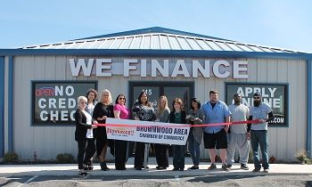 Brownwood Area Chamber of Commerce Holds Ribbon Cutting for Barron's Auto Enterprise, Inc.