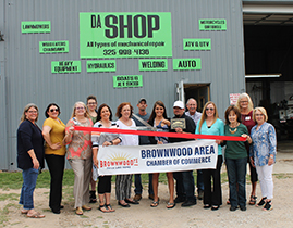 Brownwood Area Chamber of Commerce Holds Ribbon Cutting for Da Shop