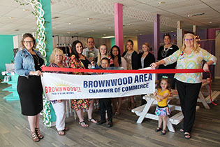 Brownwood Chamber Holds Ribbon Cutting for Morgan & Mae Company