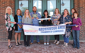Brownwood Area Chamber of Commerce Held Ribbon Cutting for UnitedHealthcare Medicare and Retirement
