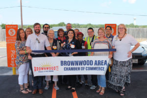 Brownwood Chamber Holds Ribbon Cutting for Wal-Mart's Online