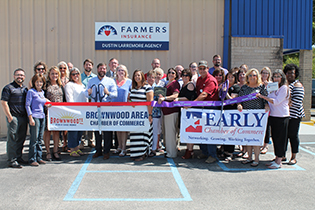 Joint Ribbon Cutting Held for New Member Farmers Insurance – Dustin Larremore Agency