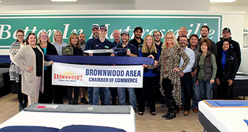 Brownwood Chamber Holds Ribbon Cutting for New Member, Mattressville