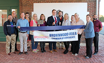 Ribbon Cutting Held to Welcome New Member, Edward  Jones Investments – Will Kothmann